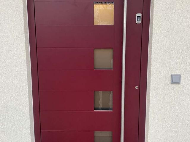 Haustüre in rot